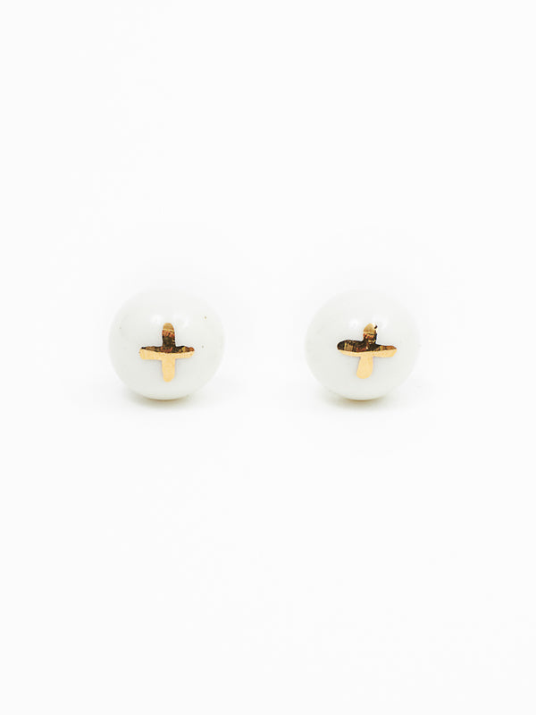 Cross earring white