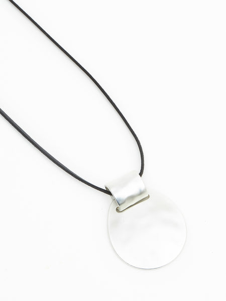 Vasara necklace silver black