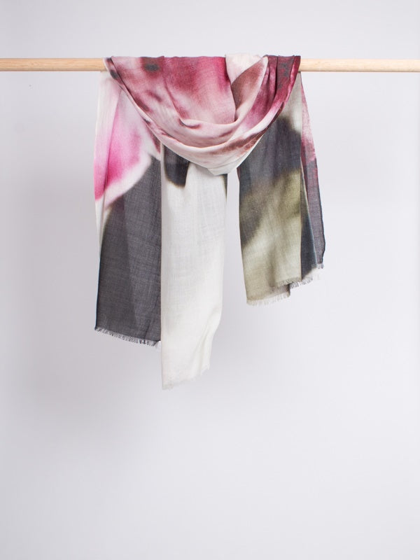 lawrence-scarf-1