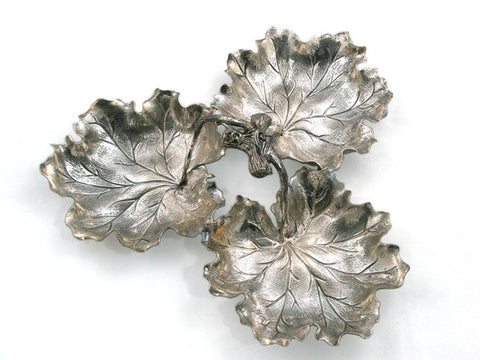 """3 Geranium Leaves"" Centerpiece, Large"