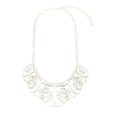 Aisha Sun Ray Scallop White Necklace