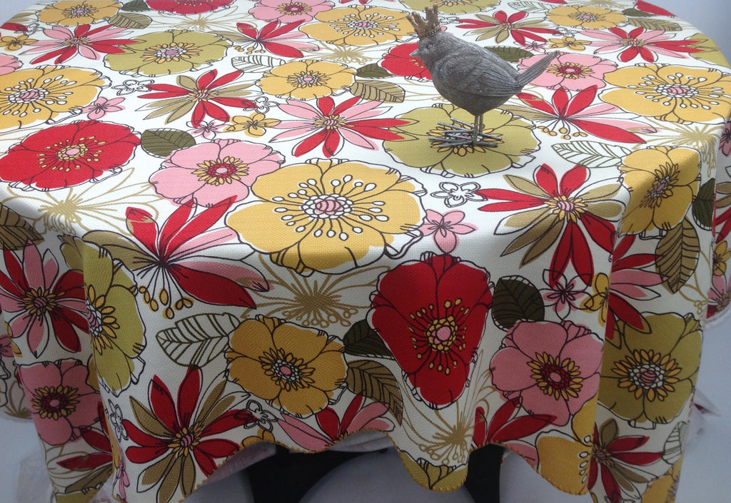 Large Spring Teasdale Blossom Floral Print Custom Tablecloth Shell 'Crochet' Edging
