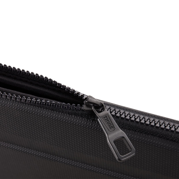 Thule Gaunlet 4.0 Sleeve for MacBook Pro 13 / 15 inch