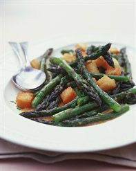 ASPARAGUS WITH ANCHOVIES AND CROUTONS