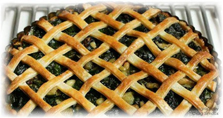 ELISE PASCOE'S SWEET SPINACH PIE