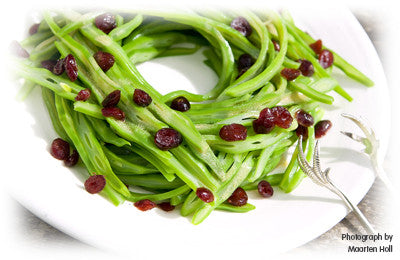 GREEN BEAN SALAD WITH DRIED CRANBERRIES