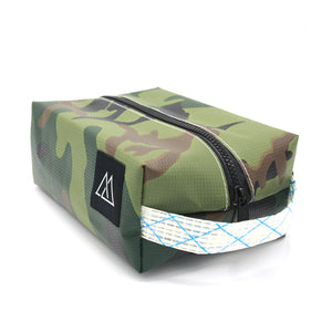 QUARTZ DOPP KIT – MEDIUM
