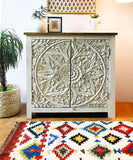 Due Carved Side Board / Console