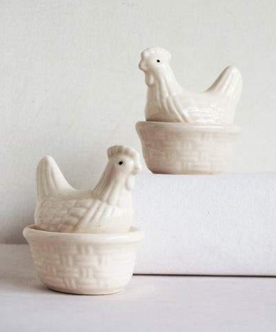 Hen Pot Belly Egg Holder