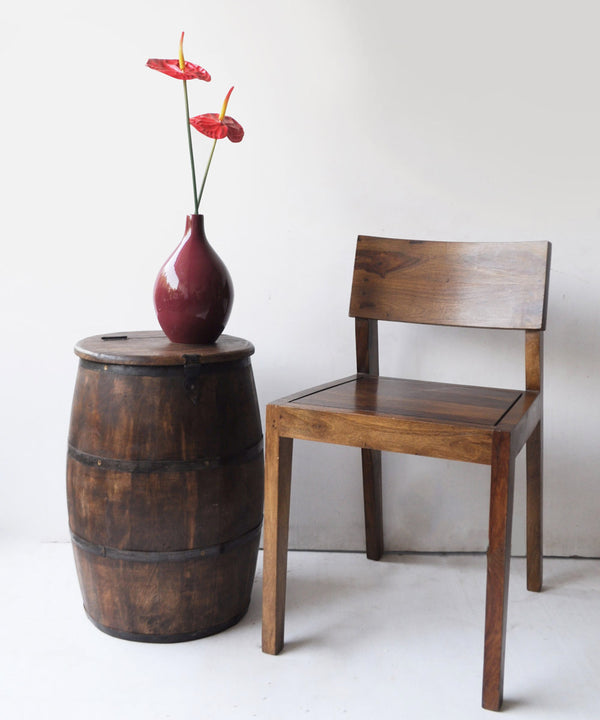 Convertible Barrel Side Table Into Storage