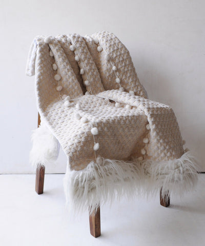 Snowy Carol Throw Blanket