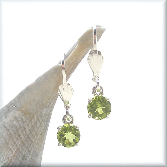 genuine peridot leverback earring
