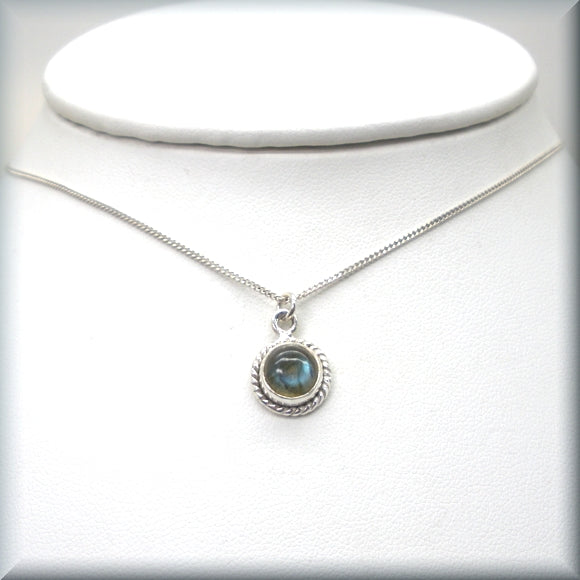 Labradorite gemstone necklace