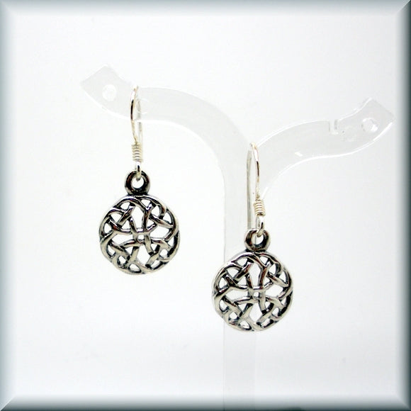 sterling silver round irish knot earrings