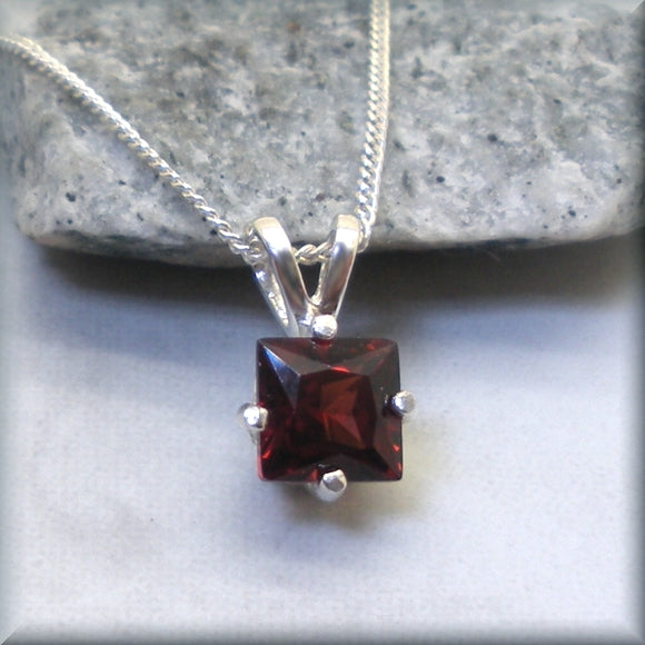 Red garnet princess cut set in sterling silver by Bonny Jewelry