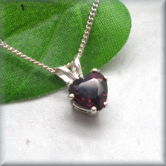 Rhodolite Garnet Heart Necklace - Gemstone Necklace - Jaunary Birthstone - Sterling Silver