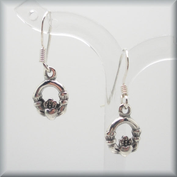Tiny Celtic Claddagh Earrings - Bonny Jewelry