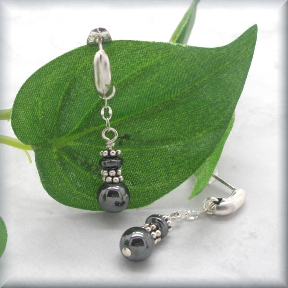 sterling silver comma post earrings with hematite by Bonny Jewelry