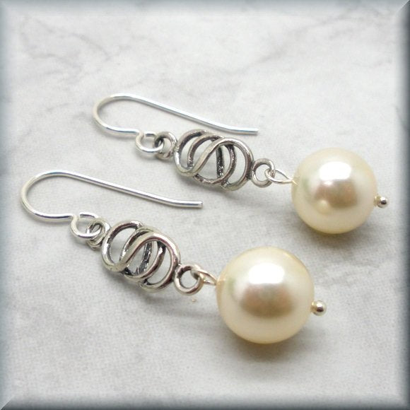 Celtic Knot Earrings with pearl accent by Bonny Jewelry