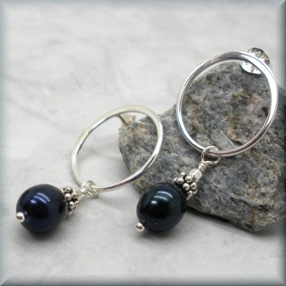 Midnight Pearl Circle Post Earrings