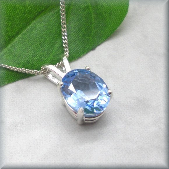 sterling silver necklace with aquamarine pendant by Bonny Jewelry
