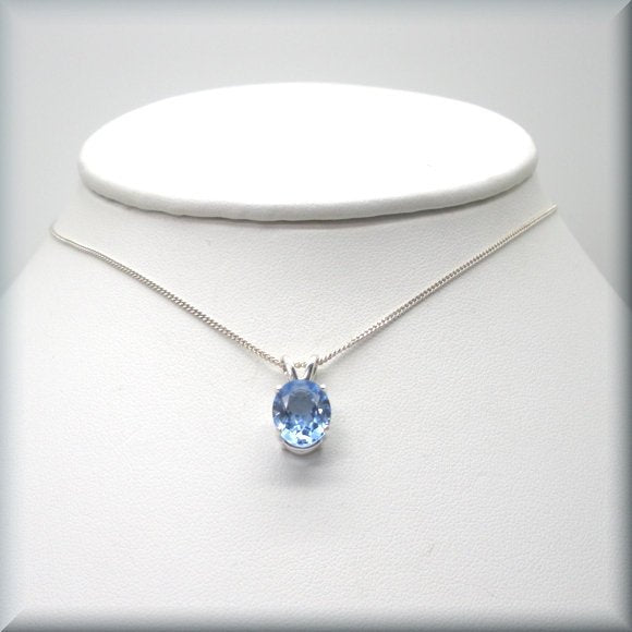 oval faceted aquamarine pendant on sterling silver chain by Bonny Jewelry