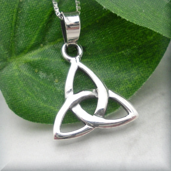 Trinity Knot Necklace - Celtic Knot Jewelry - Bonny Jewelry
