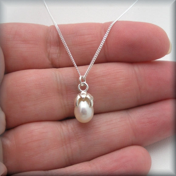 White Pearl Necklace with Flower Cap - June Birthstone Jewelry - Bonny Jewelry