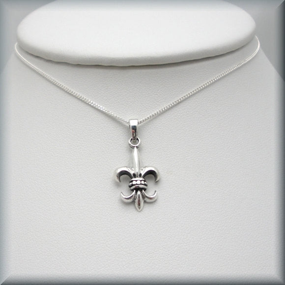 Fleur de Lis Necklace - Sterling Silver - Bonny Jewelry