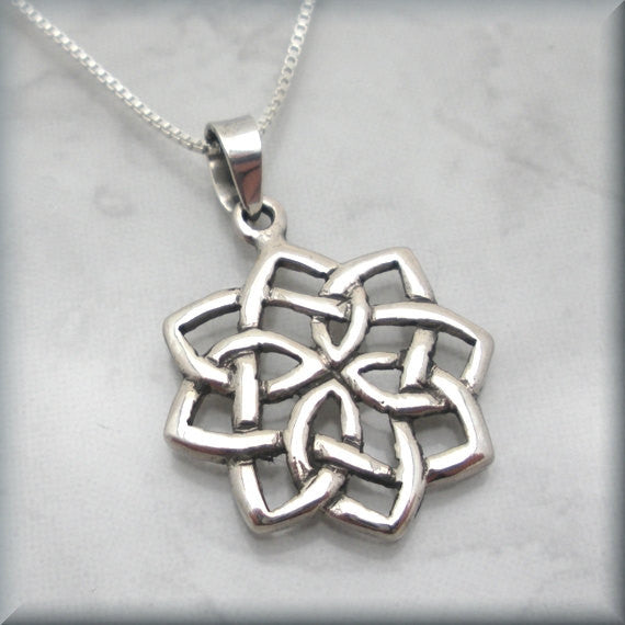 Flower Celtic Knot Necklace - Bonny Jewelry
