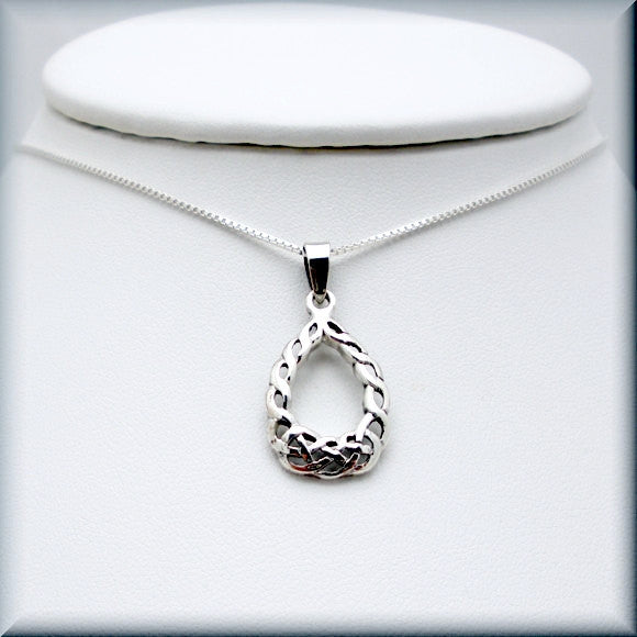 Teardrop Celtic Knot Necklace - Irish Jewelry - Bonny Jewelry