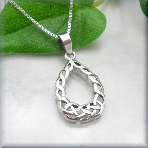 Teardrop Celtic Knot Necklace - Irish Jewelry