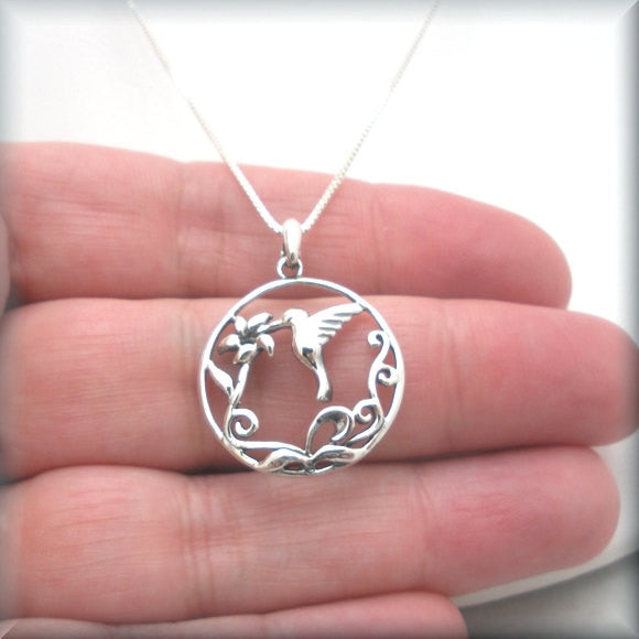 Hummingbird Sipping Nectar Necklace - Bonny Jewelry