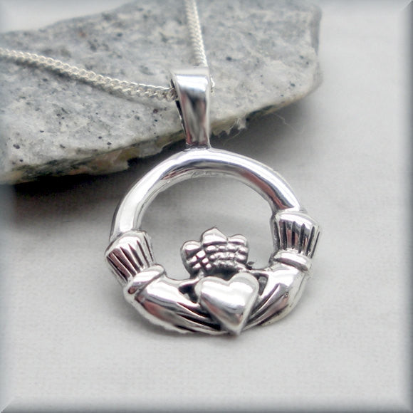 Claddagh Necklace - Friendship, Love & Loyalty - Celtic Jewelry