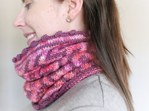 Zaggy Cowl - Knit Pattern