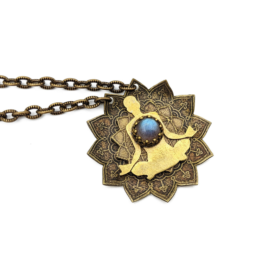 etched meditation mandala necklace with labradorite
