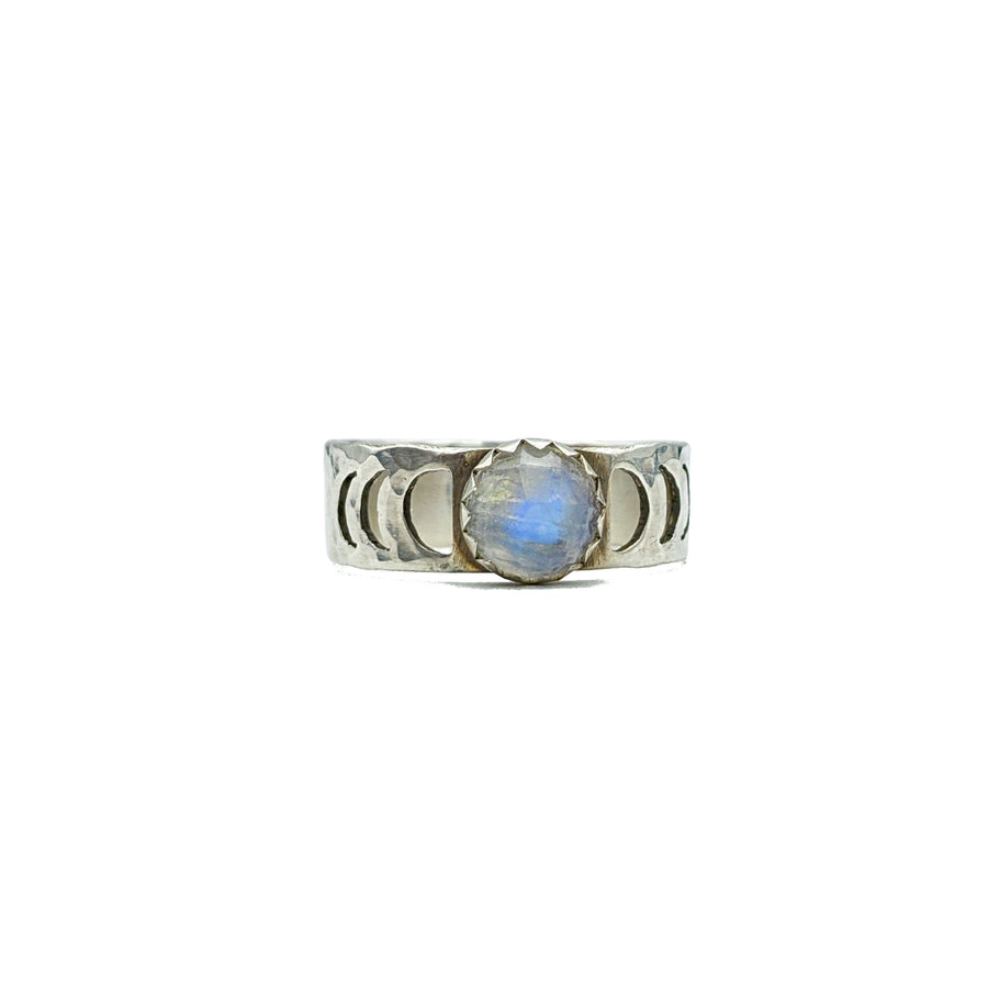Sterling Silver Moon Phase Ring with Moonstone - Size 6
