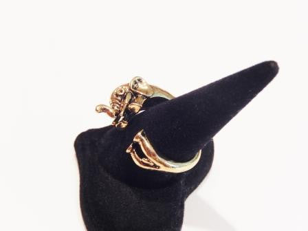 Gold or Silver Colored Elephant Ring