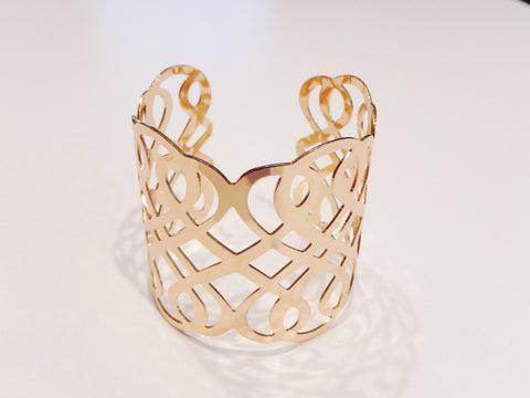 Gold or Silver Colored Wide Hollow Bracelet