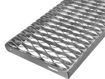 "12"" x 120"" Galvanized 12 Gauge, 5 Diamond, 3 inch channel grip strut"