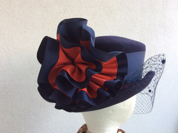 Mini-Topper in Navy Velour
