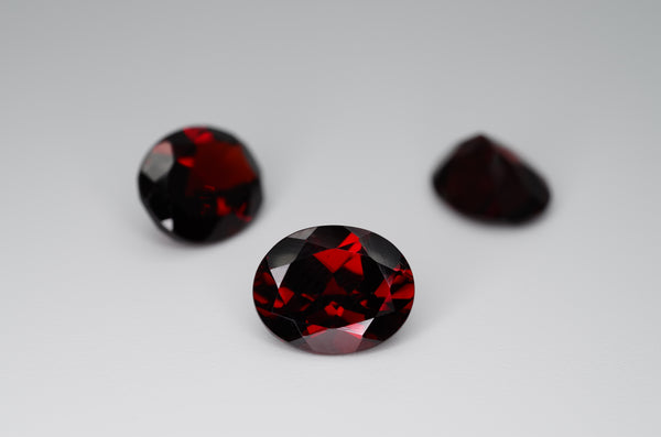 11 x 9mm Oval Cut Natrual Garnet Calibrated A+