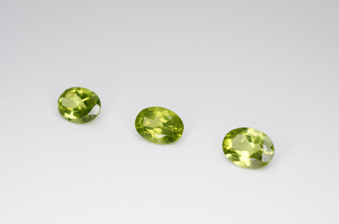 8 x 6mm Oval Cut Natural Peridot Calibrated A+