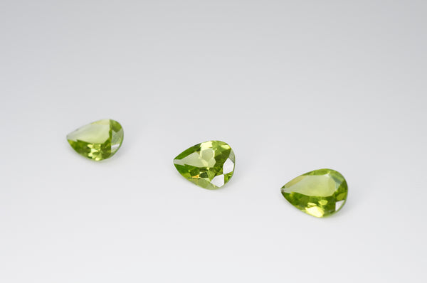 8 x 6mm Pear Cut Natural Peridot Calibrated A+