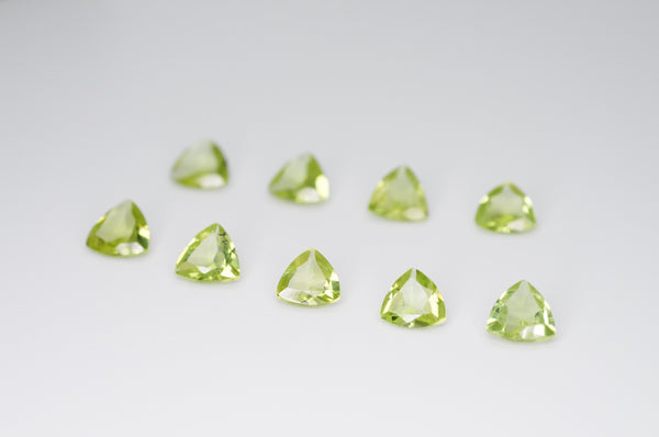 5mm Trilliant Cut Natural Peridot Calibrated B+