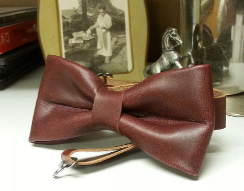 Latigo Leather Bow Tie