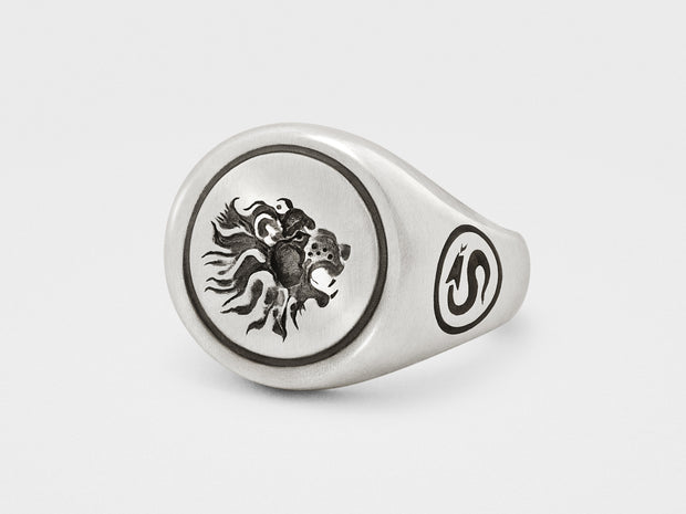 Lion Signet Ring in Sterling Silver