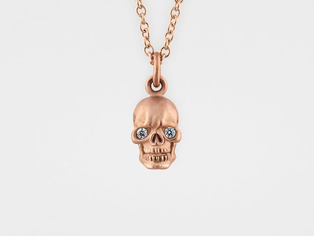 Skull Pendant Necklace in 18kt Gold