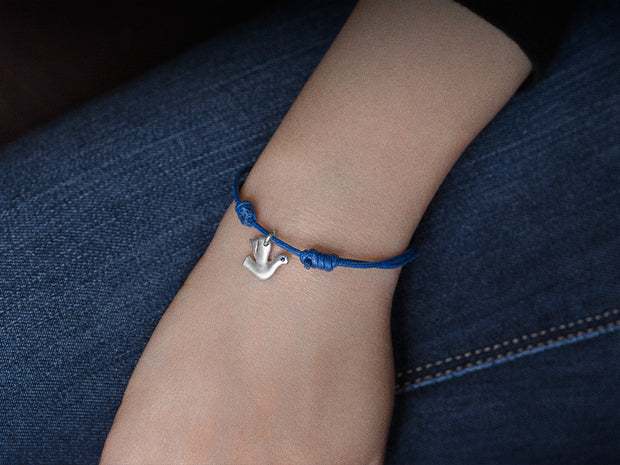 Dove Charm Bracelet in Sterling Silver with Blue Sapphires
