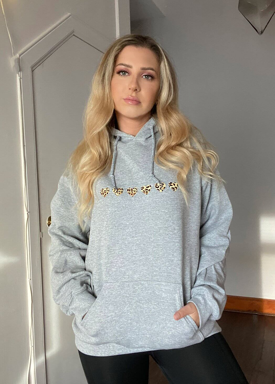 Grey Oversized Hoodie with Leopard Print Hearts